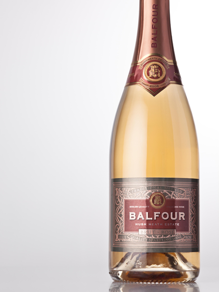 English sparkling wine (label by Amphora)